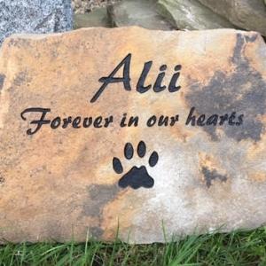 pet-memorial-stone-alii